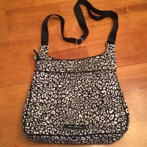 EUC Vera Bradley Multi-compartment bag